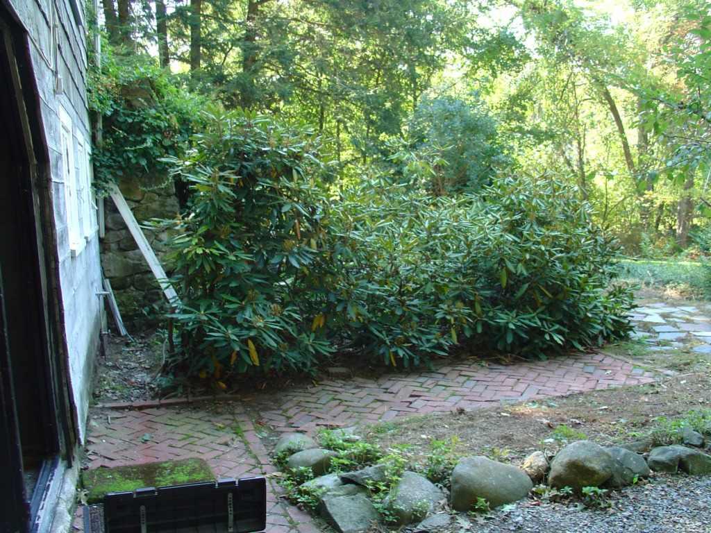 landscape projects 2 photos small backyard ideas
