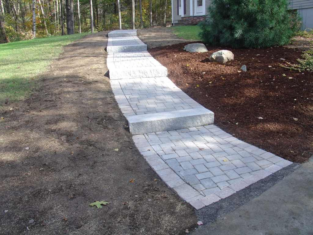 Retaining Wall Block Installation